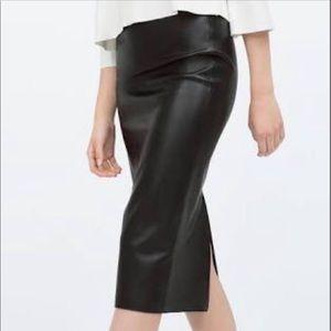 Zara pencil leather skirt